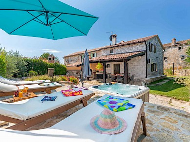 Villa Gašparini, west central Istria vacation home